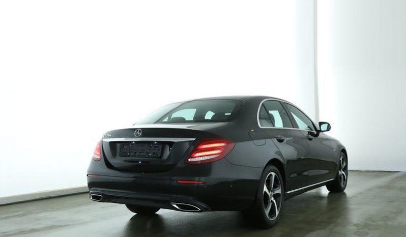 Mercedes-Benz E 220 d full